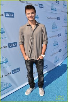 Girl Meets World' Cast Wishes Peyton Meyer a Happy Birthday ...
