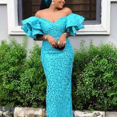 Entari 2020 Catalogue of Aso Ebi Lace Styles for Wedding Vibes Nigerian Lace Styles, Aso Ebi Lace Styles, African Lace Styles, Lace Dress Styles, African Lace Dresses, Latest African Fashion Dresses, Ankara Styles, Lace Styles For Wedding, African Traditional Dresses