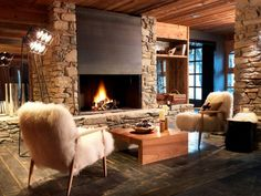 Le M de Megeve: This luxe chalet is in the center of Megève, a chic village in the shadow of Mont Blanc. Chalet Design, Chalet Style, House Design, Bar Design, Ski Chalet, Chalet Interior, St Moritz, Small Luxury Hotels, Hotel Lobby