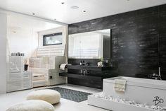 Double Vanity, Bathtub, Mirror, Interior, Furniture, Home Decor, Bathrooms, Content, House