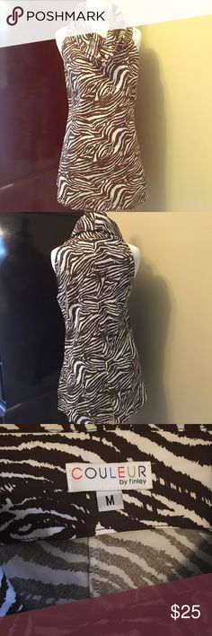 Adorable Collared Top!! If you love collars then you will lie this top!! Zebra print in brown and a flattering cut!! Excellent condition!! COULEUR Tops