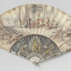 Vouwwaaier met leren blad waarop met gouache Haman in ongenade bij Ahasverus, op een montuur met opgesneden en in reliëfgesneden parelmoer met 'métal en quatre couleurs', anonymous, c. 1750 - Rijksmuseum