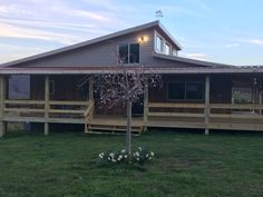 Shed Homes, East Tennessee, Farmhouse, Houses, Cabin, House Styles, Home Decor, Homes, Decoration Home