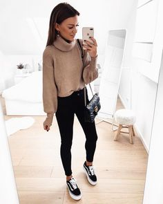 60 Casual Summer Outfits With Vans To Try - Summer Shoes Trends Winter Fashion Outfits, Casual Summer Outfits, Look Fashion, Outfits For Teens, Stylish Outfits, Winter Outfits, Luxury Fashion, Spring Outfits, Vans Fashion