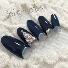Winter holidays inspired nails
