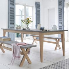 Loaf's Conker table has a concrete inspired table top, perfect for any industrial dining room Country Dining Rooms, Country House Interior, Top Kitchen Table, Concrete Dining Table, Dining Room Table, Dining Furniture Sets, Furniture Sets Design, Industrial Dining Furniture, Kitchen Table Settings