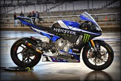 Yamaha YZF-R1 AMA Team Monster Energy Graves Yamaha 2015