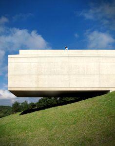 Volumen flotante en vivienda - Noticias de Arquitectura - Buscador de Arquitectura