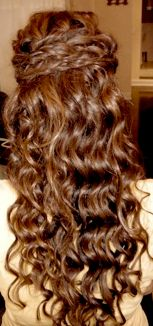 maid of honor hair for sisters weddig? that might be a big fat Y. maid of honor hair for sisters weddig? that might be a big fat YES! My Hairstyle, Pretty Hairstyles, Wedding Hairstyles, Bridesmaid Hair, Prom Hair, Junior Bridesmaids, Braids With Curls, Let Your Hair Down, Great Hair