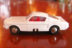 MATCHBOX LESNEY NO 8 FORD MUSTANG FASTBACK WHITE TURNING WHEELS RARE