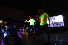 Disfrutamos de un increíble show #Dancers #EarthHour #Neon #PlazaFutura #TierraFutura #HoraDelPlaneta