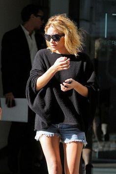 Mary Kate Olsen's Homeless Chic Look - 13