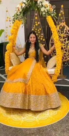 Desi Wedding Dresses, Party Wear Indian Dresses, Indian Bridal Outfits, Pakistani Bridal Dresses, Indian Fashion Dresses, Bridal Lehenga, Dress Fashion, Fashion Outfits, Boutique Interior