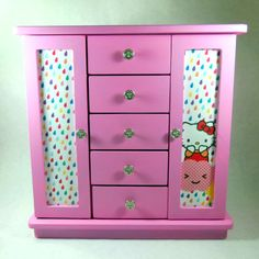 Hey, I found this really awesome Etsy listing at https://www.etsy.com/listing/193477729/jewelry-box-bubblegum-pink-hello-kitty