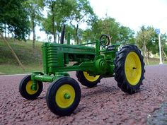 93.37$  Watch now  - KNL HOBBY J Deere Farm tractor alloy toy car model US Security Act ERTL 1:16 Specials
