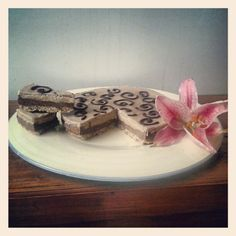 RAW Banana, Caramel, Chocolate RAWelicious Layer Cake!! BY: Aimee Thatcher for the Fully Raw Kristina Recipe Competition!!