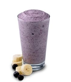 1 Scoop Vanilla Whey Protein Large Banana Cup Blueberries Water/Ice Nutrition: 210 calories, 25 g protein High Protein, Low Cal Recipe -- Blueberry Blast Protein Shake, 210 g protein Protein Shake Recipes, High Protein Snacks, Protein Foods, Low Calorie Smoothie Recipes, Snack Recipes, Nutribullet Recipes, Healthy Protein, Delicious Recipes, Healthy Recipes