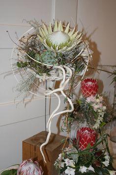 Wedding bouquets by Gregor Lersch at Bona Dea Estate - 2016  #WeddingBouquet #TableArrangements #Wedding #WeddingFlowers #WeddingPlanning