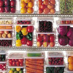 Rubbermaid Commercial Products FG140P00CLR 1/2 Size Long 5-1/2-Quart Cold Food Pan by Rubbermaid Commercial Products, http://www.amazon.com/dp/B0006388DW/ref=cm_sw_r_pi_dp_zScNrb11816QH
