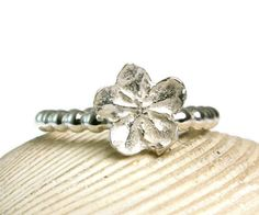 Flower TOE Ring Solid Sterling Silver by TazziesCustomJewelry, $18.00