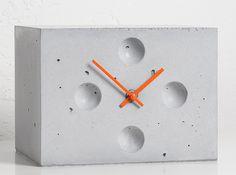 Concrete clock  | Product design | Concrete design | Beton design | betonlook | www.eurocol.com