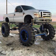 Hot Rod Trucks, Lifted Ford Trucks, Cool Trucks, Redneck Trucks, Future Trucks, Ford 4x4, Trucks And Girls, Diesel Trucks, Mud