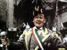 'O pazzariello, ecco uno dei più simpatici e antichi mestieri di Napoli