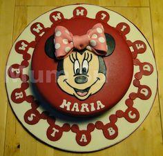 MARIA E OS SEUS AMIGOS - Maio 2013 http://onecakeout.blogspot.pt/2014/12/maria-e-os-seus-amigos.html