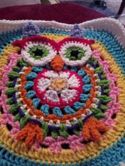 Ravelry: Whimsical Scrap Yarn Nanny Owl Granny Square pattern by Lulu Bebeblu