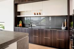 """Modern timber kitchen cabinetry in """"Expressing Views"""" by Urbane Projects, Perth. Layout Design, Küchen Design, House Design, Design Ideas, Perth, Kitchen Design Gallery, Timber Kitchen, Kitchen Island With Sink, Wooden Cabinets"""