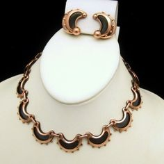 Fabulous Early RENOIR Anodized Copper Mid Century Modern Vintage Necklace and Earrings Set $199 from www.myclassicjewelryshop.com - this is so lovely - feminine, yet bold at the same time. A great set for the fall season - Do you love copper jewelry?