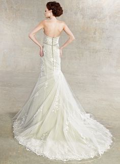 Sexy and Elegant Kitty Chen Couture #Wedding Dresses 2013. To see more: http://www.modwedding.com/2013/10/30/kitty-chen-couture-wedding-dresses-2013/