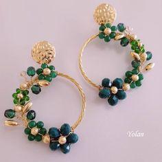 Jewelry Design Earrings, Bridal Earrings, Bead Earrings, Wire Jewelry, Jewelry Crafts, Jewelery, Fabric Jewelry, Beaded Jewelry Patterns, Earrings Handmade