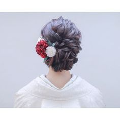 Japanese Hairstyle Traditional, Traditional Outfits, Graduation Hairstyles, Wedding Hairstyles, Bridal Shoot, Bridal Hair, Up Styles, Hair Styles, Hair Arrange