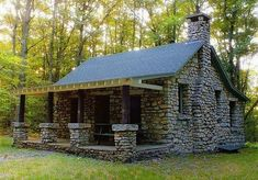 41 Awesome Tiny Stone Cottage Interior and Exterior Design Ideas - Page 20 of 43 Stone Cottages, Small Cottages, Cabins And Cottages, Stone Houses, Cottage Interiors, Cottage Homes, Cottage Art, Modern Cottage, Lake Cottage