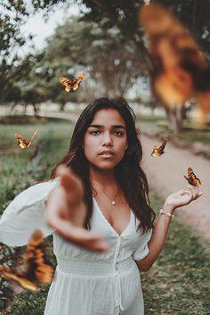 butterflies  butterfly face photography girls tumbler