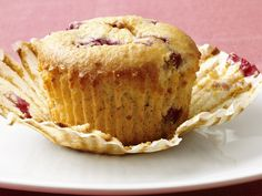 Low-Fat Raspberry-Corn Muffins #Grains #Breakfast #MyPlate #FNMag