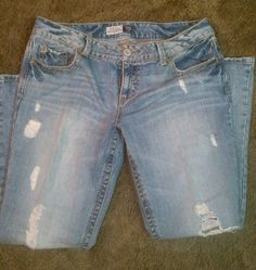 Aeropostale. Aeropostale Outfits, Denim Shorts, Electronics, My Style, Pants, Clothes, Tops, Fashion, Trouser Pants