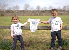 Sibling tees, pregnancy announcement, photo shoot ideas, new baby