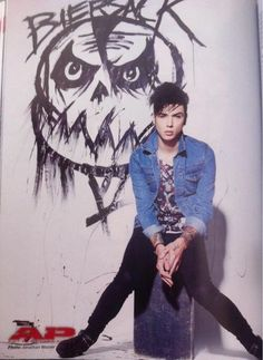 Andy Biersack>>> he drew that in the background
