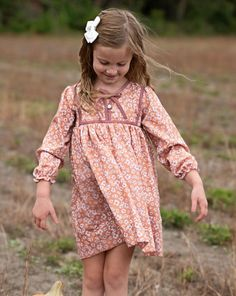 Toddler Girl Style, Toddler Girl Outfits, Toddler Girls, Kids Outfits, Check Pinafore Dress, What To Wear Fall, Apple Dress, Vintage Kids Clothes, Classic Girl