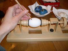 Dishfunctional Designs: How To Make Pysanky (Ukrainian Easter Eggs)