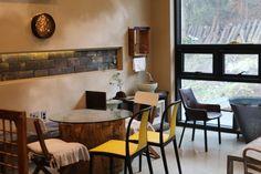 가삼도예 ,박소연작가도자기 ,아름다운 우리도자기 ,가마열린날 ,청자 : 네이버 블로그 Slab Pottery, Ceramic Studio, Conference Room, Table, Furniture, Home Decor, Decoration Home, Room Decor, Tables