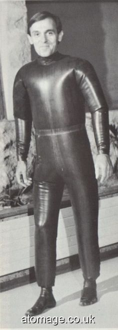 Atomage Pictures A5 Edition 32 Latex, Rain Wear, A5, Appreciation, Leather Pants, Magazine, Pictures, Brownies, Clothes