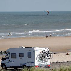 Campers zijn welkom in Zeeland. Er zijn 14 gratis camperplaatsen in Zeeland. Allemaal even uniek. Ontdek hier waar je deze plaatsen vindt.