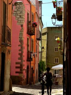 My husband has been to Italy (he's Italian heh heh) and has told me so much about Sardinia, I want to go...and eat!!!