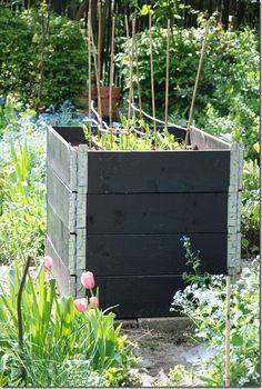 Back Gardens, Outdoor Gardens, Pallet Collars, Raised Garden Beds, Raised Beds, Pallet Projects Signs, Pallet Frames, Garden Inspiration, Interior Inspiration