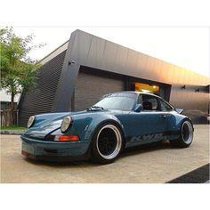 RWB Long nose Porsche 911