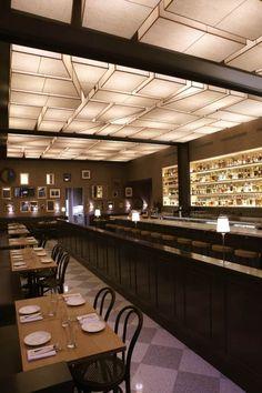 abgehängte Decke als attraktives Gestaltungselement für Locale und Bars