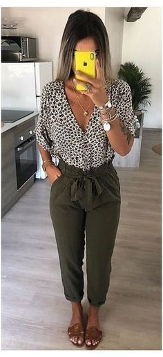Spring Work Outfits, Casual Work Outfits, Professional Outfits, Mode Outfits, Work Attire, Classy Outfits, Fashion Outfits, Trendy Outfits, Womens Fashion